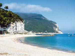 monte conero le spiagge