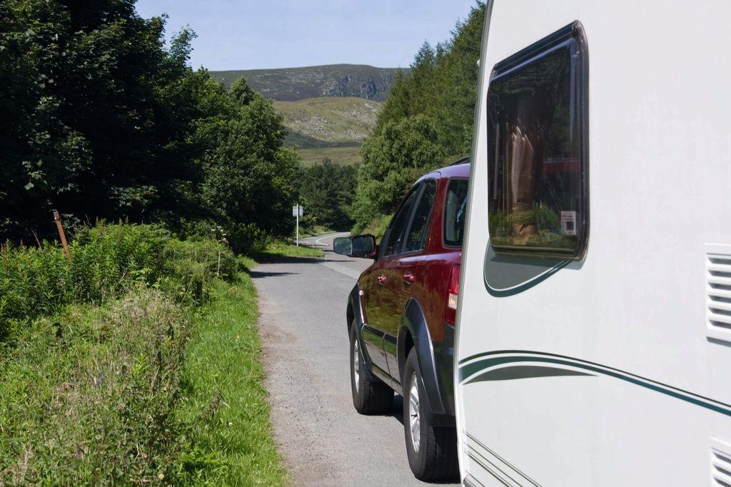 Guidare la caravan al traino