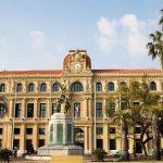 Cannes, facciata Hotel de la Ville