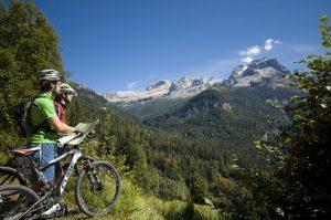 Adamello Brenta, panorami da non perdere in bici