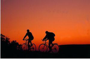 Ponza, in bici al tramonto