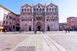 La Cattedrale di San Giorgio, facciata