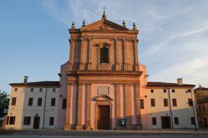 La chiesa di Mesola