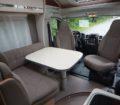 Globebus T 6 dinette a Lcon tavolo centrale