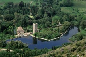 Latina e l'Agropontino: paesi arroccati e oasi naturali
