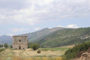 Navelli, Chiesa tratturale