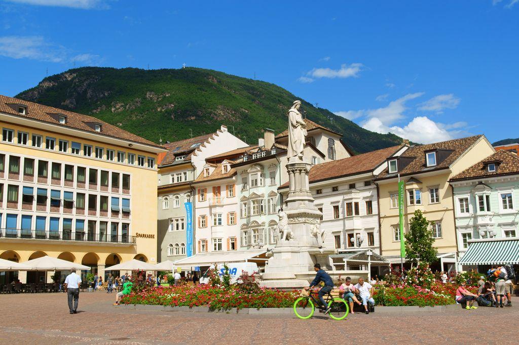 Bolzano, Piazza Walter