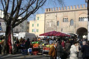 Faenza, Il mercato