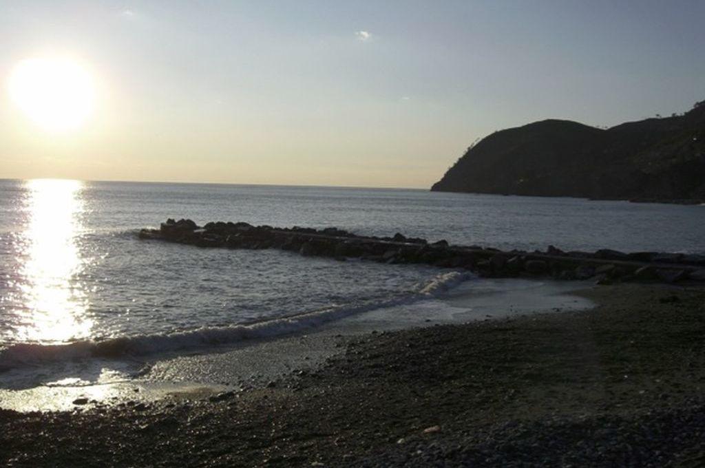 Levanto, mare al tramonto