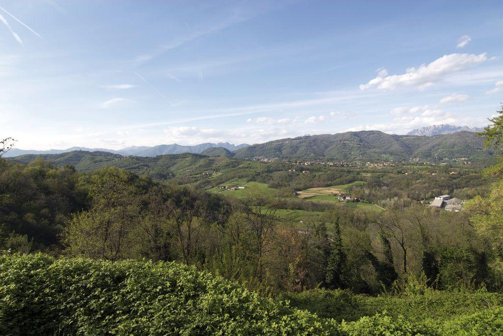 Montevecchia, Parco Curone