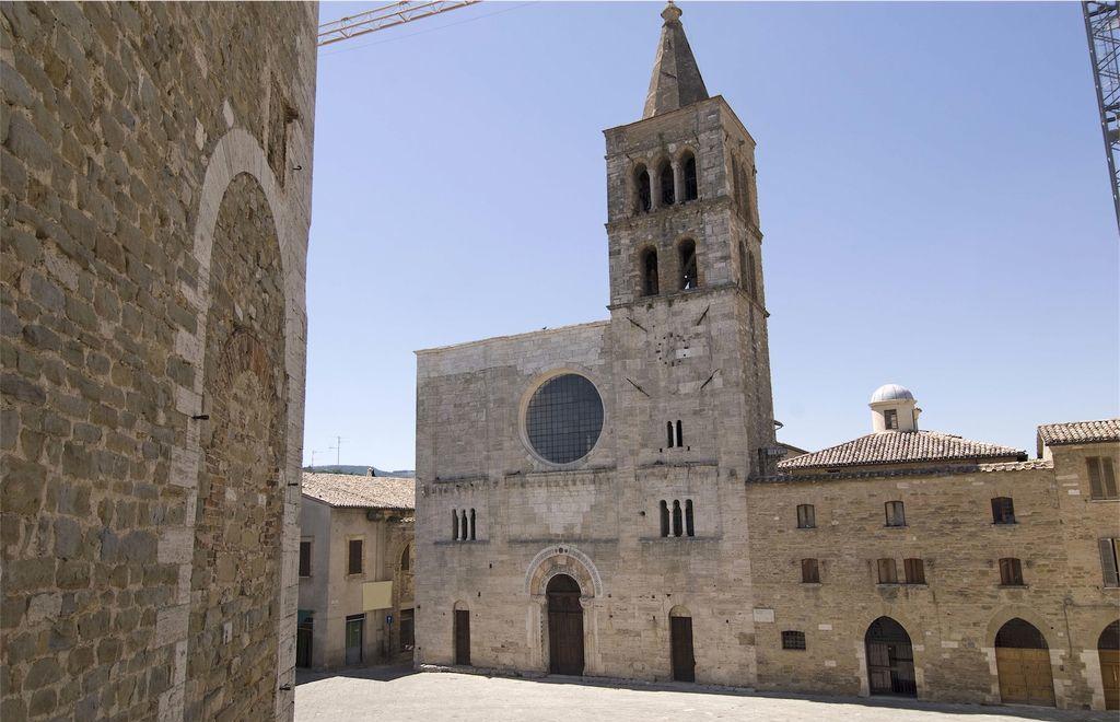 Bevagna, Chiesa di San MIchele Arcangelo