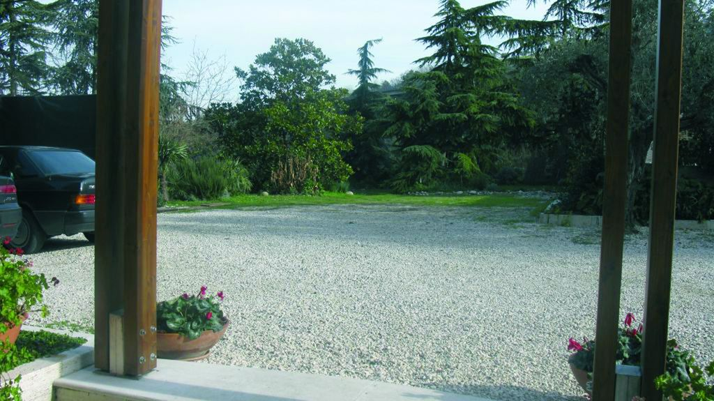 Area sosta camper chartaria ascoli piceno vita in camper for Bed and breakfast area riservata