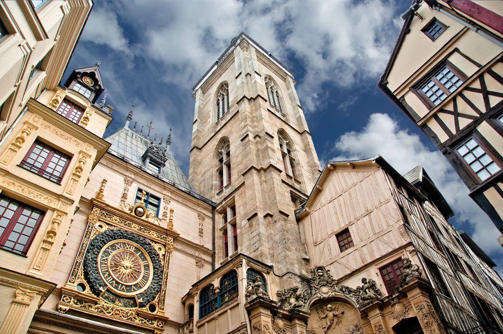 Rue du Gros-Horloge a Rouen