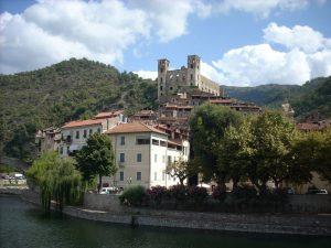 Dolceacqua, vista sul castello