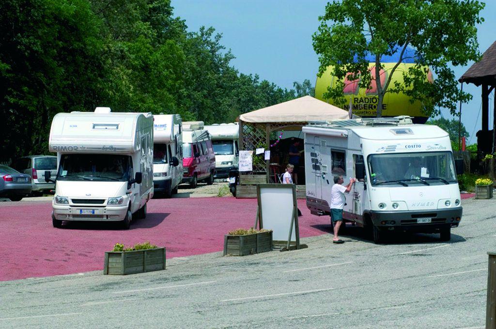 In attesa di registrazione in campeggio