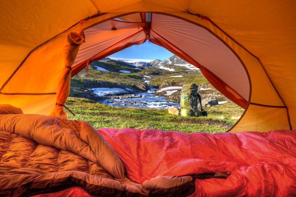 Dormire in tenda