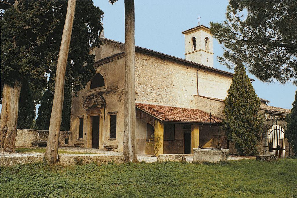 Illasi, La chiesa