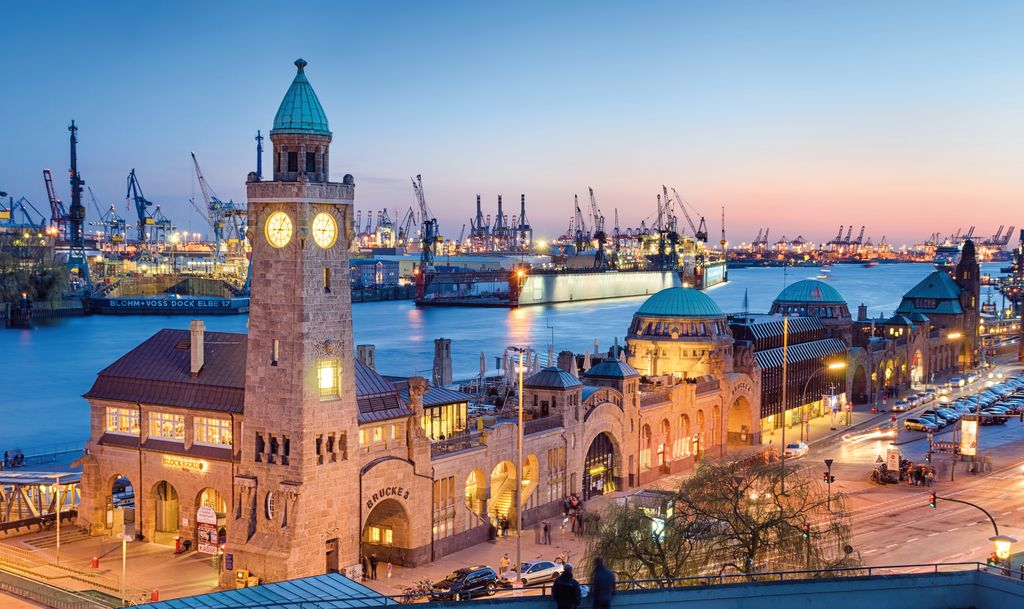 Amburgo, il porto di notte