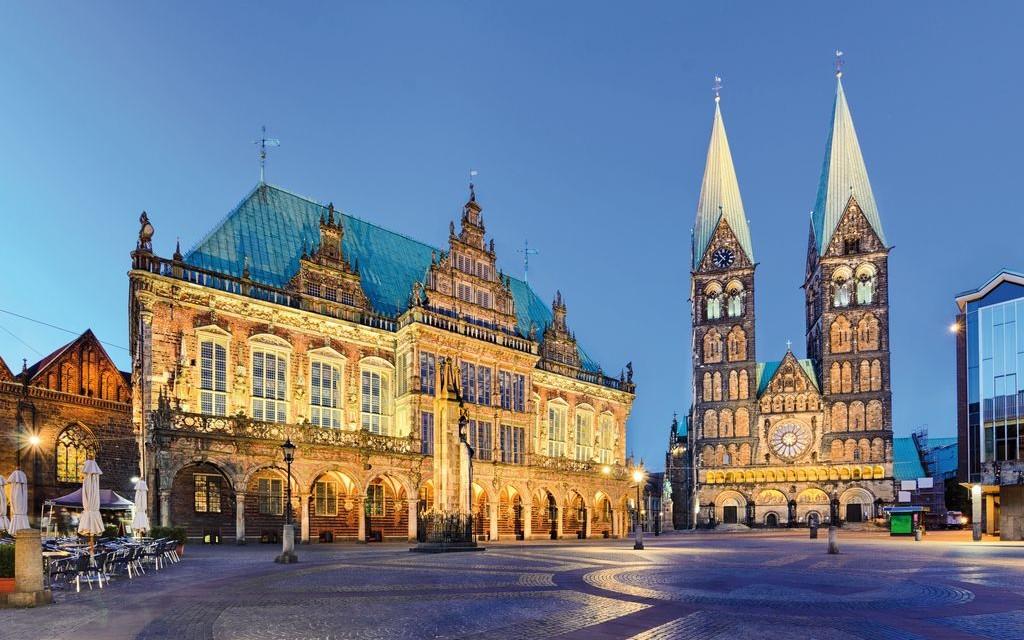Il municipio e la cattedrale di San Pietro a Brema