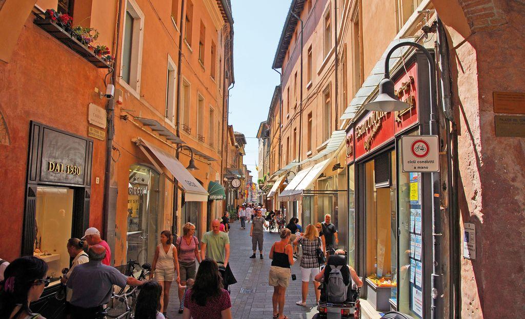 Via nel centro di Ravenna