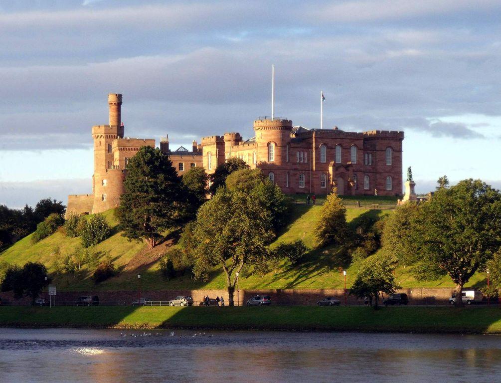 Inverness Castle e il fiume Ness