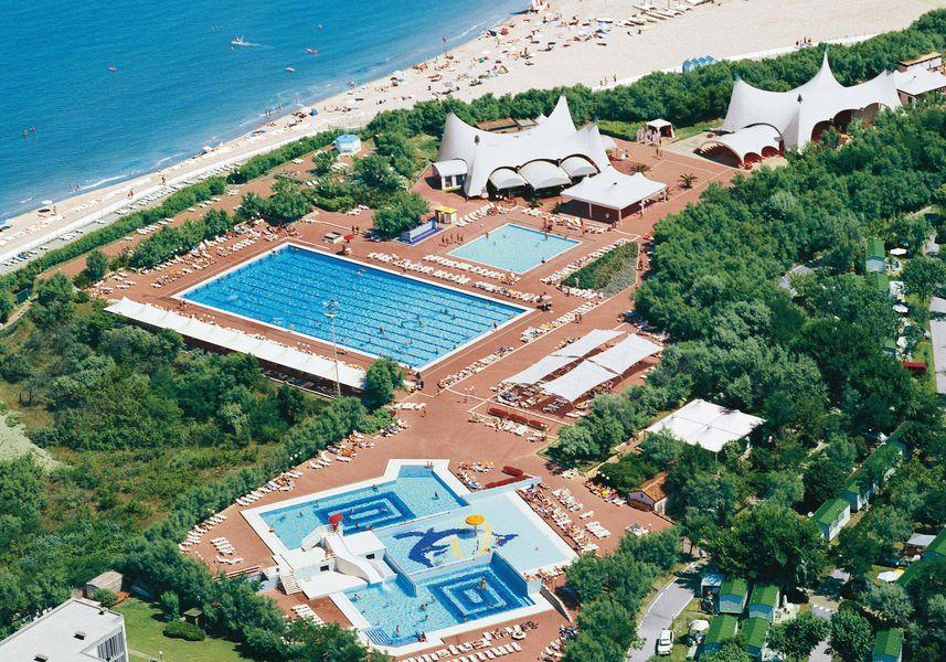 Isamar_piscine dall'alto_risultato