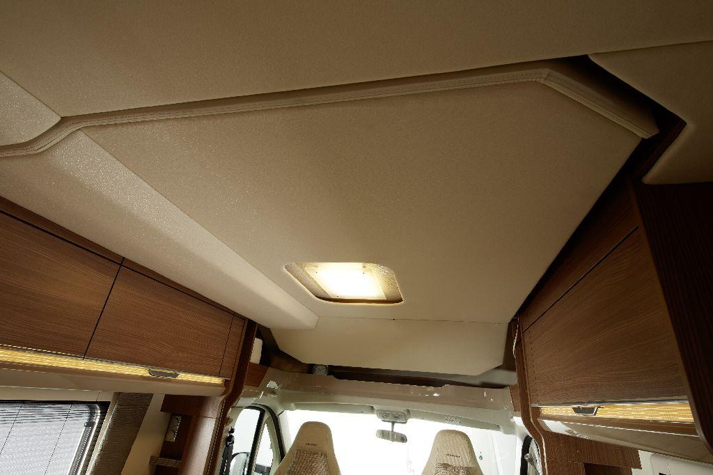 Il cupolino visto dall 39 interno vita in camper - Isolare il tetto dall interno ...