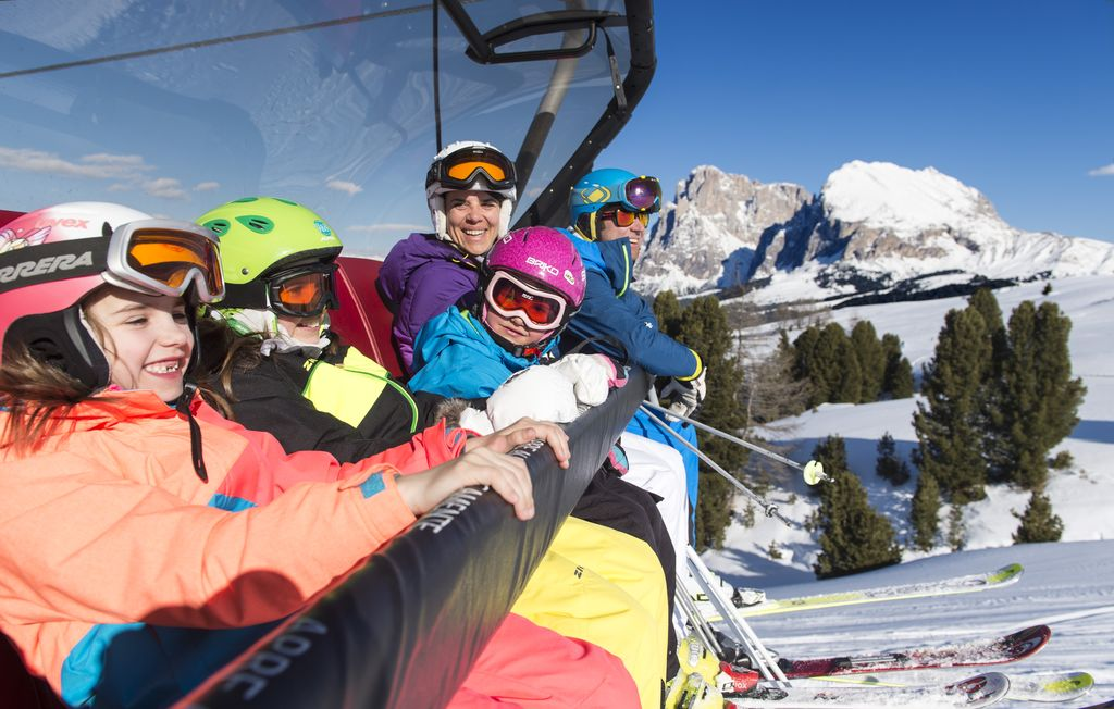 alpe_di_siusi_marketing_-_sciare_-_foto_di_helmuth_rier_8