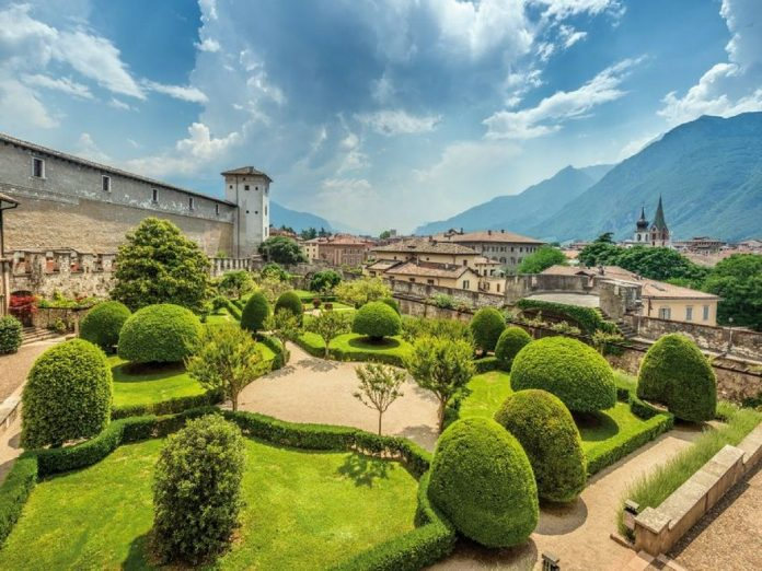 Trento il giardino del castello
