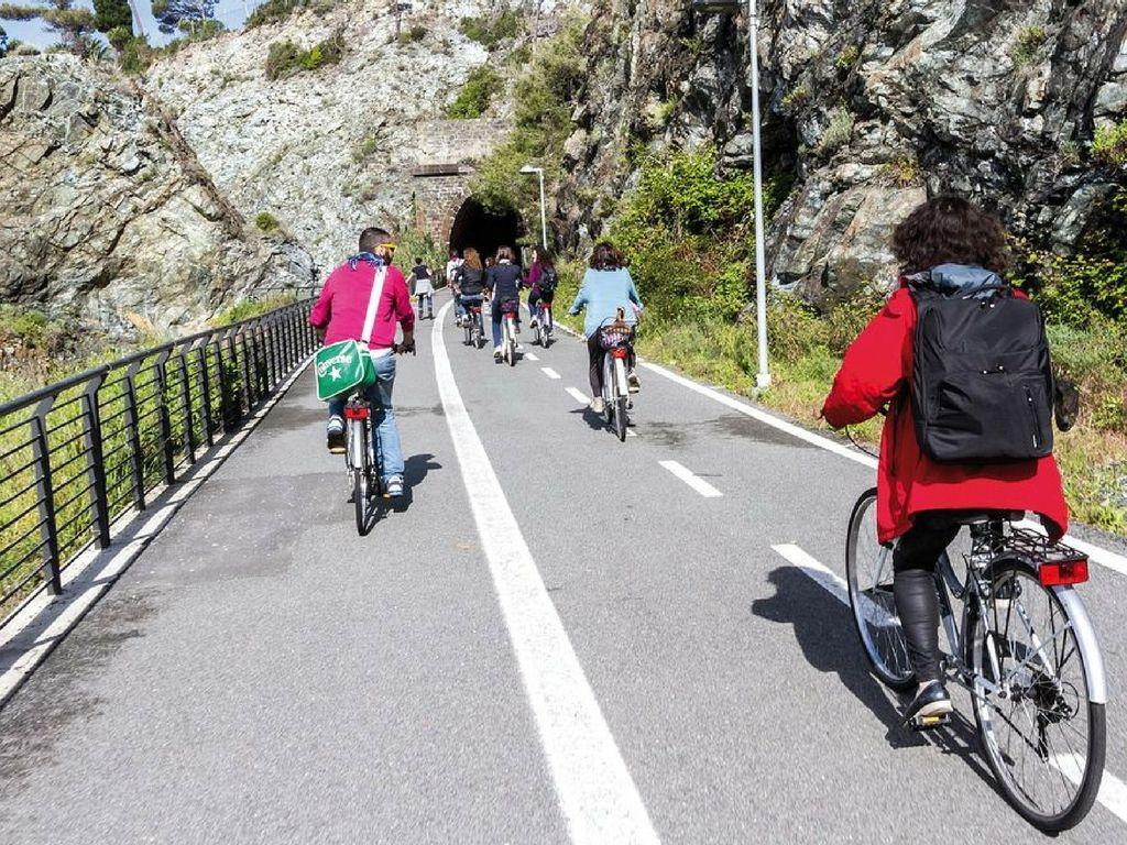 pista ciclo pedonale mare monti