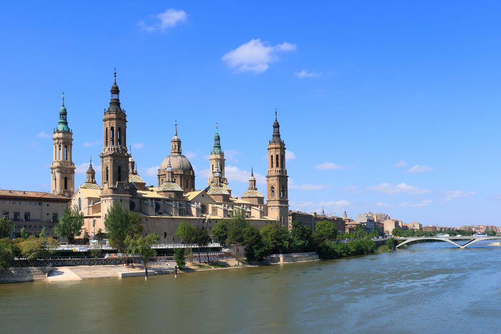 Basilica El Pilar Zaragoza, Spagna