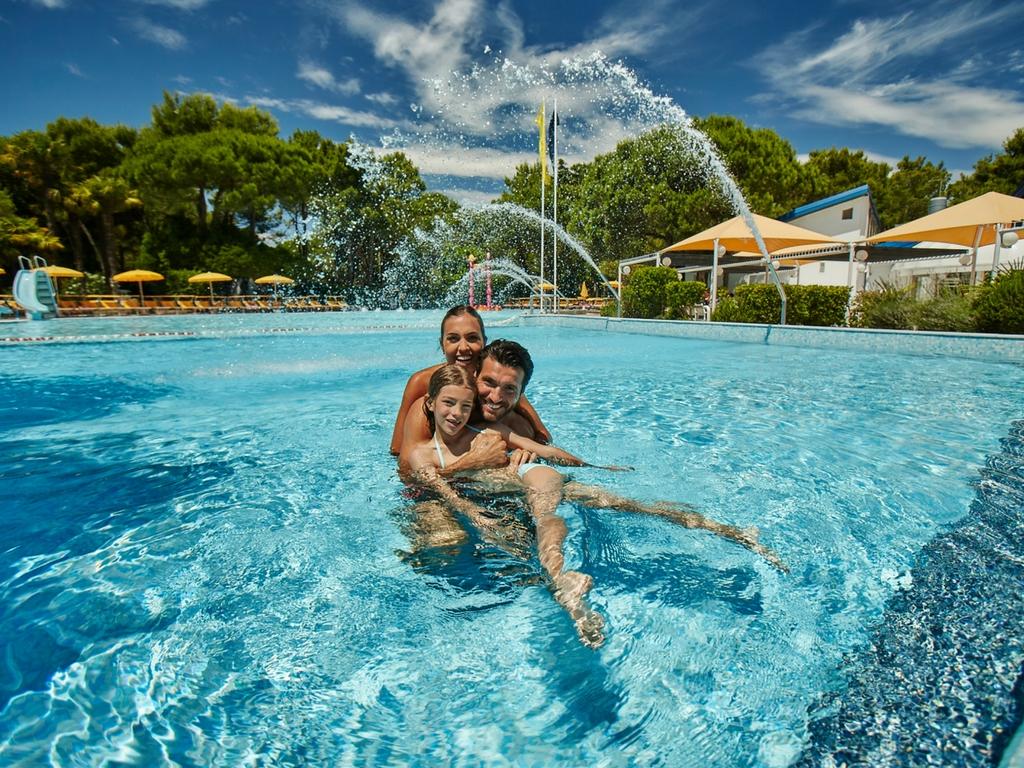 Camping Village Dei Fiori, piscina