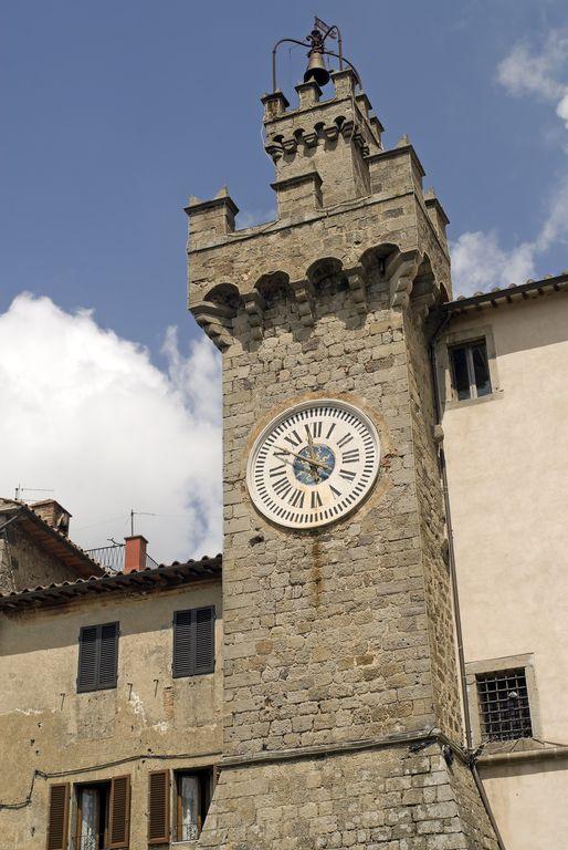 Santa Fiora, Torre dell'Orologio