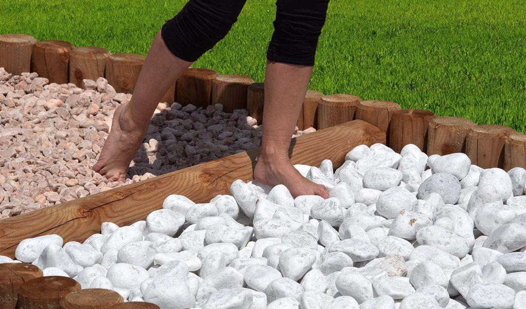 AllyFarm barefooting
