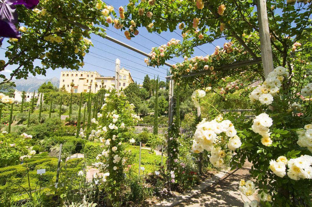 vista Giardini di Sissi