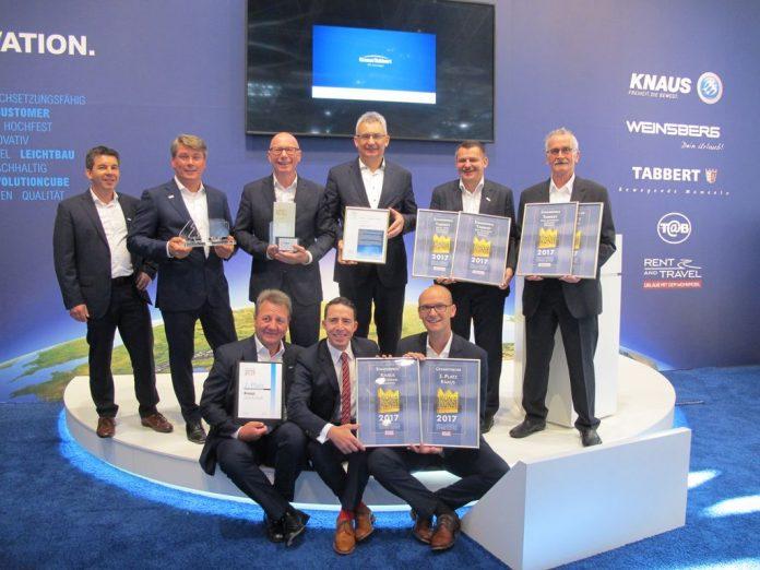 La Knaus Tabbert Management riceve i premi
