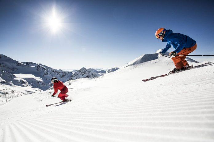 Sci ghiacciaio Stubai credit Christoph Schoech