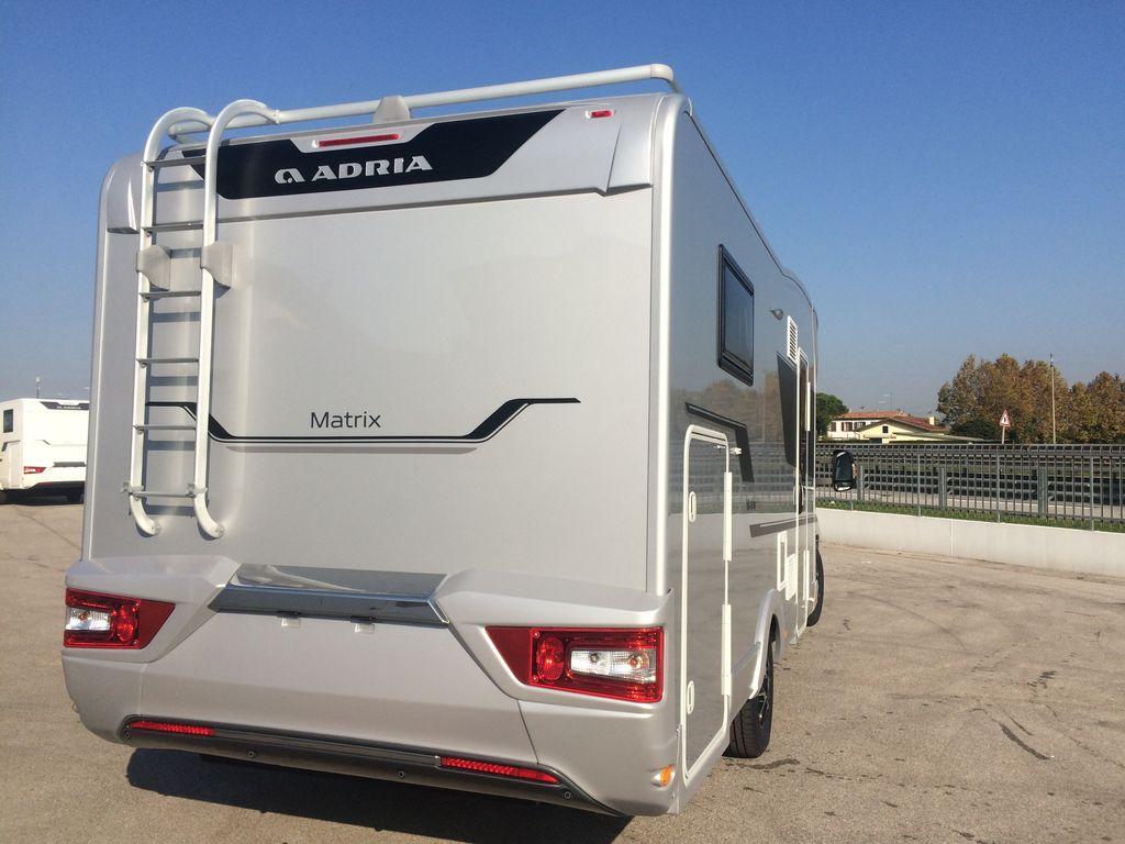 MATRIX SUPREME 670 SC posteriore
