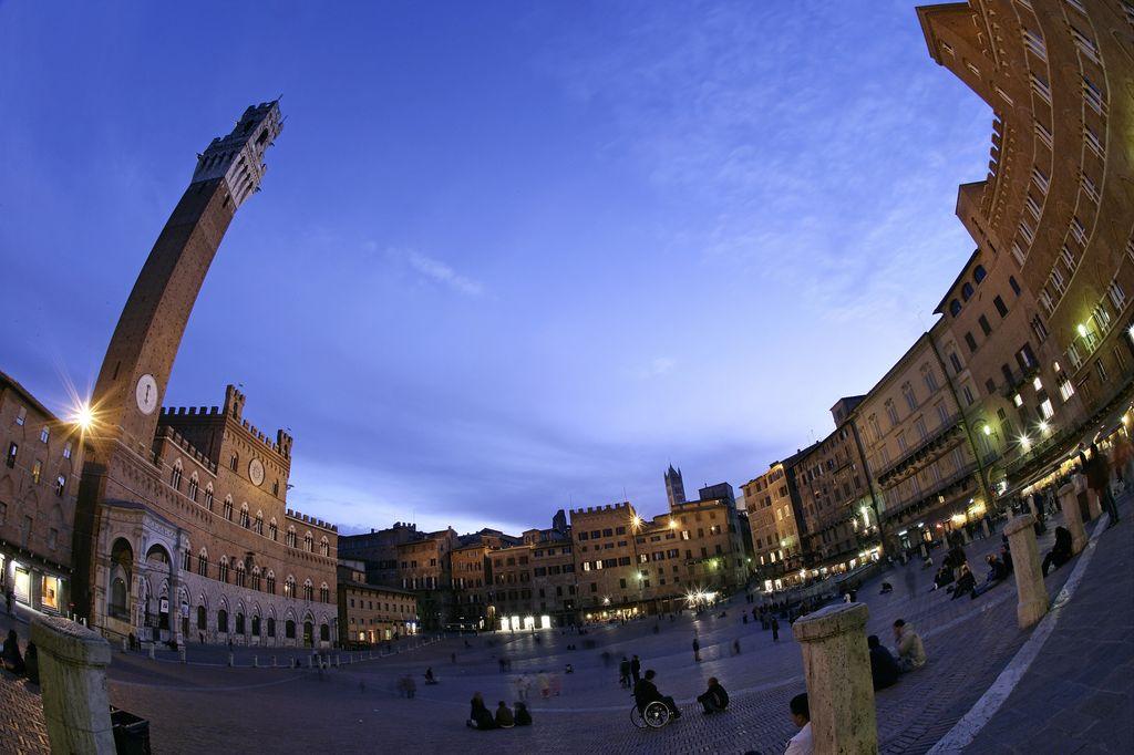 Siena Trekker Urbano Piazza del Campo