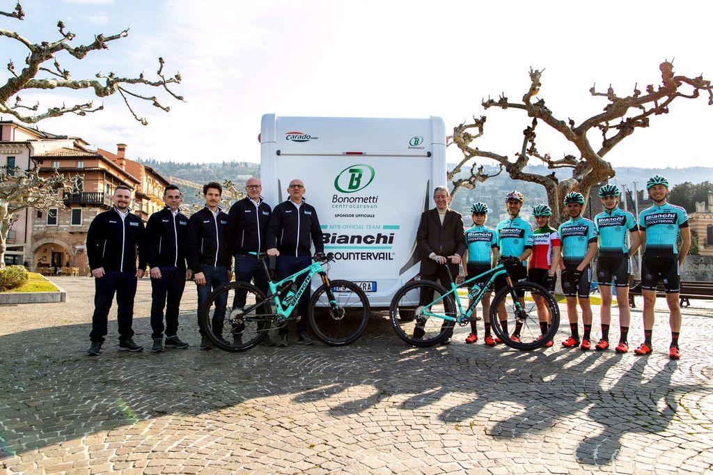 Bonometti Centrocaravan e il Team Bianchi Countervail