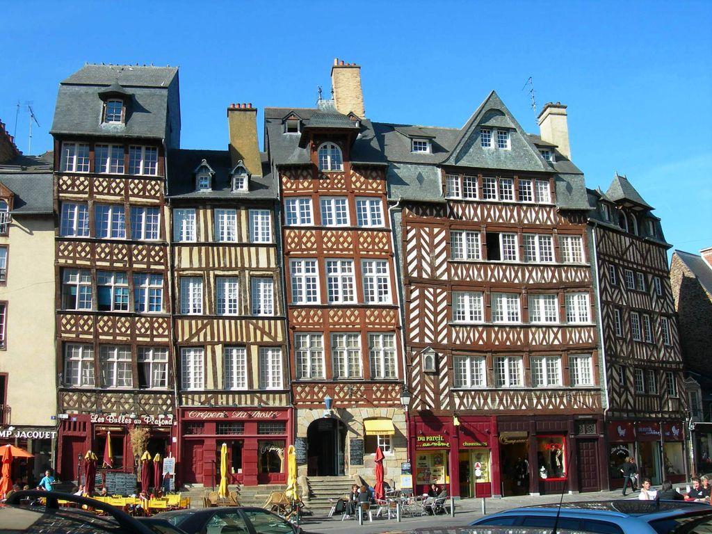 Rennes, case a graticcio