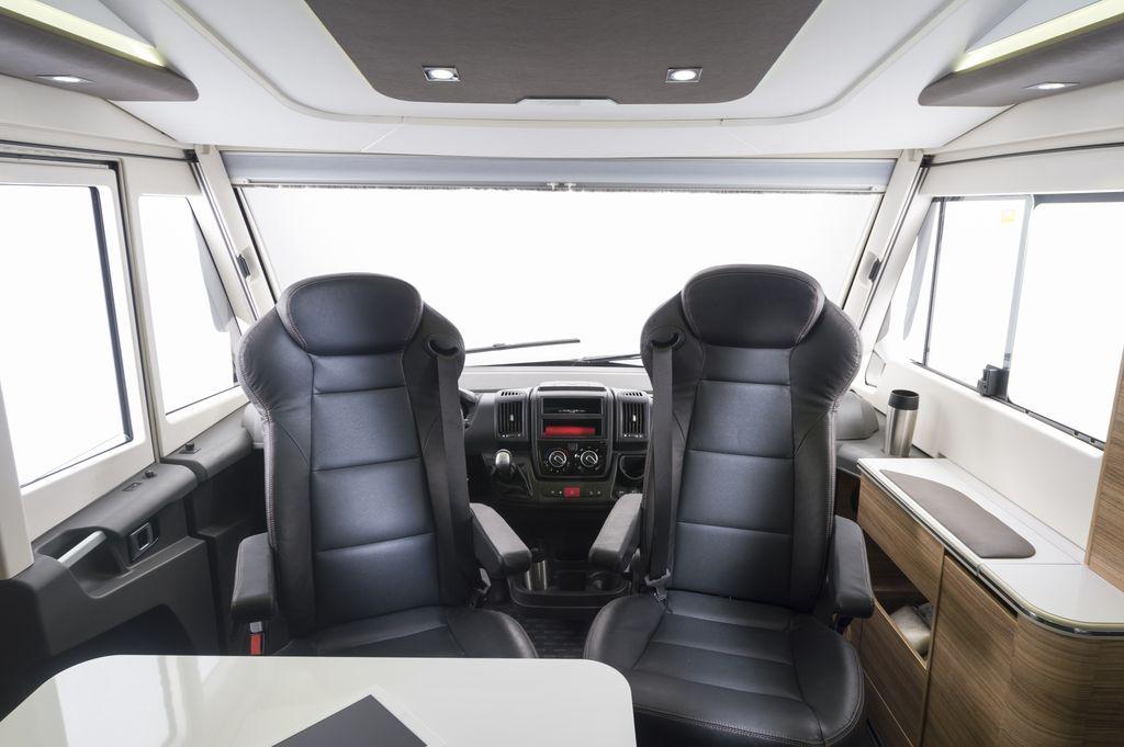 SONIC SUPREME 710 SC cabina