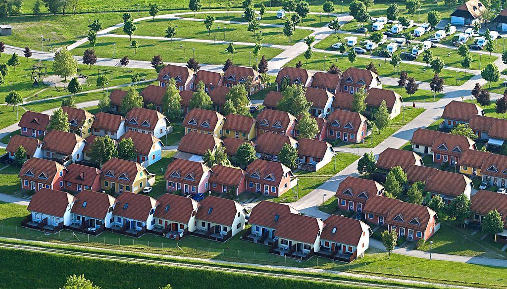 Terme Catez TERME VILLAGE Panoramica Piazzole e Appartamenti