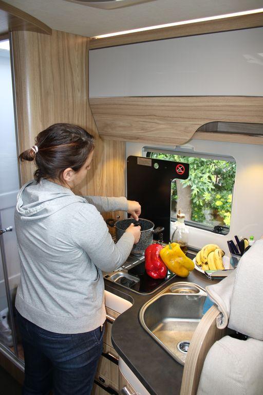 Il coprifornello frazionabile e' un vero aiuto in cucina