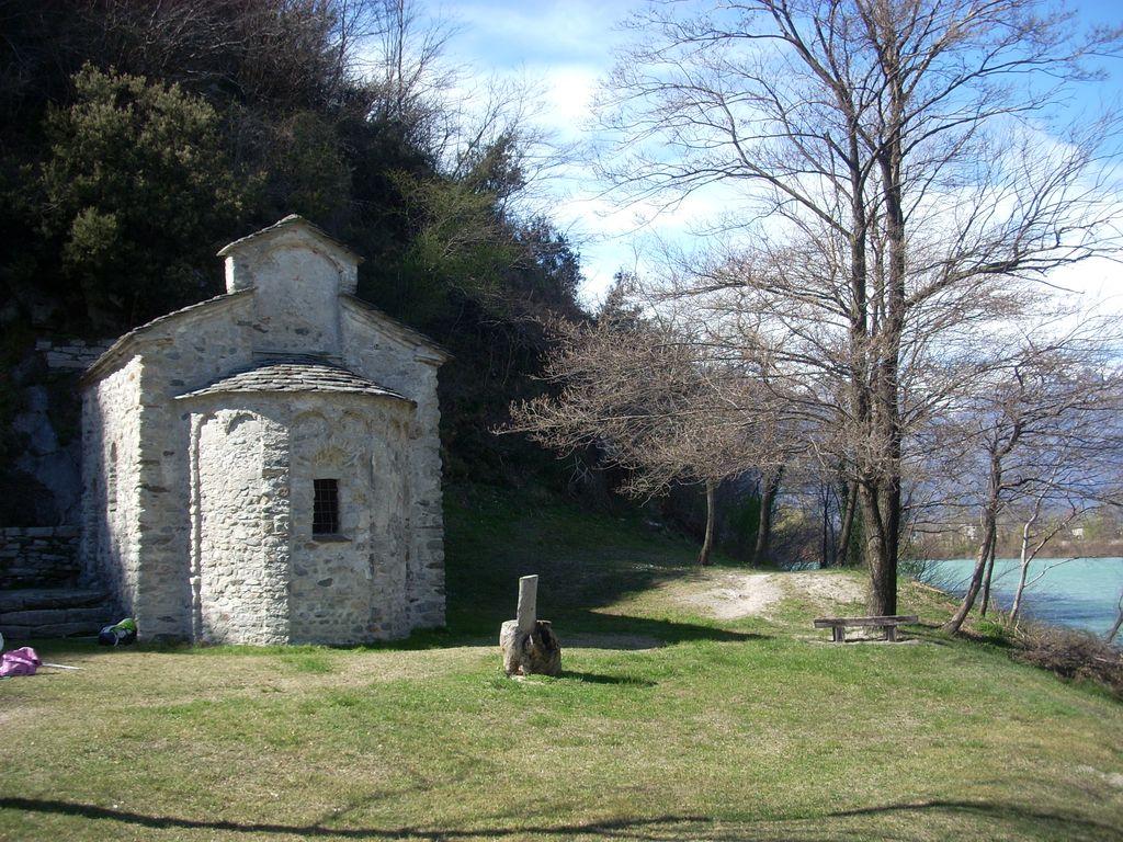 Tempietto San Fedelino