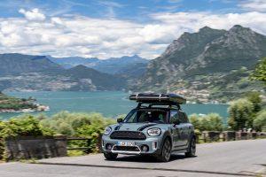 Una location top con vista lago: esplorare il Nord Italia a bordo di MINI Cooper S